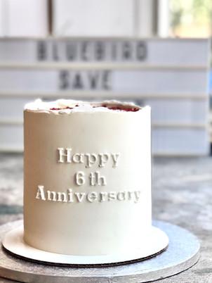 Lettering cake, from 75euros