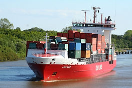 container-2437287_1920.jpg