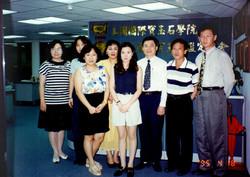 GII畢業學生合照017.jpg