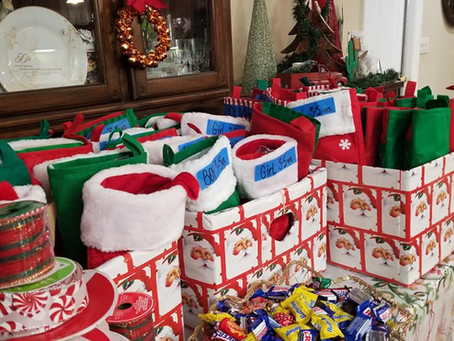 Friends & Library Partner with LULAC to Fill Stockings