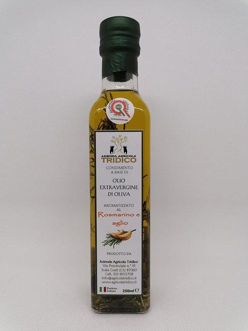 Olio aromatizzato al rosmarino e aglio