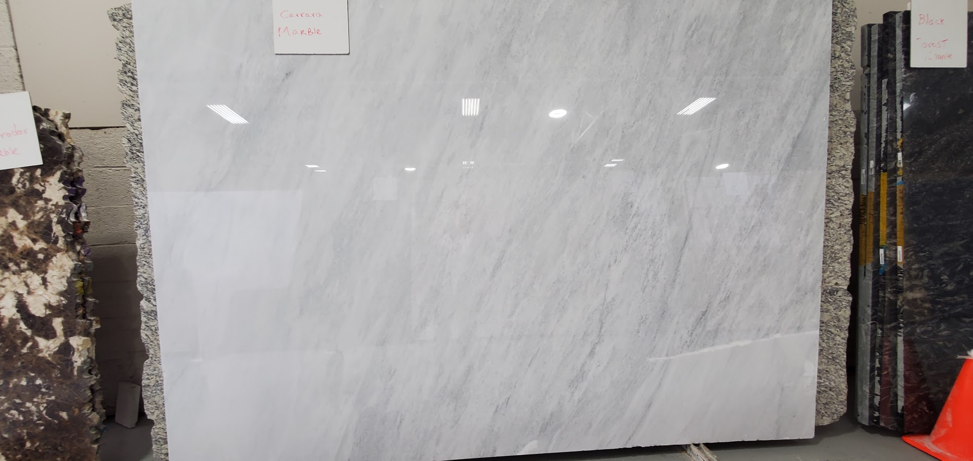 WHITE CARRARA MARBLE