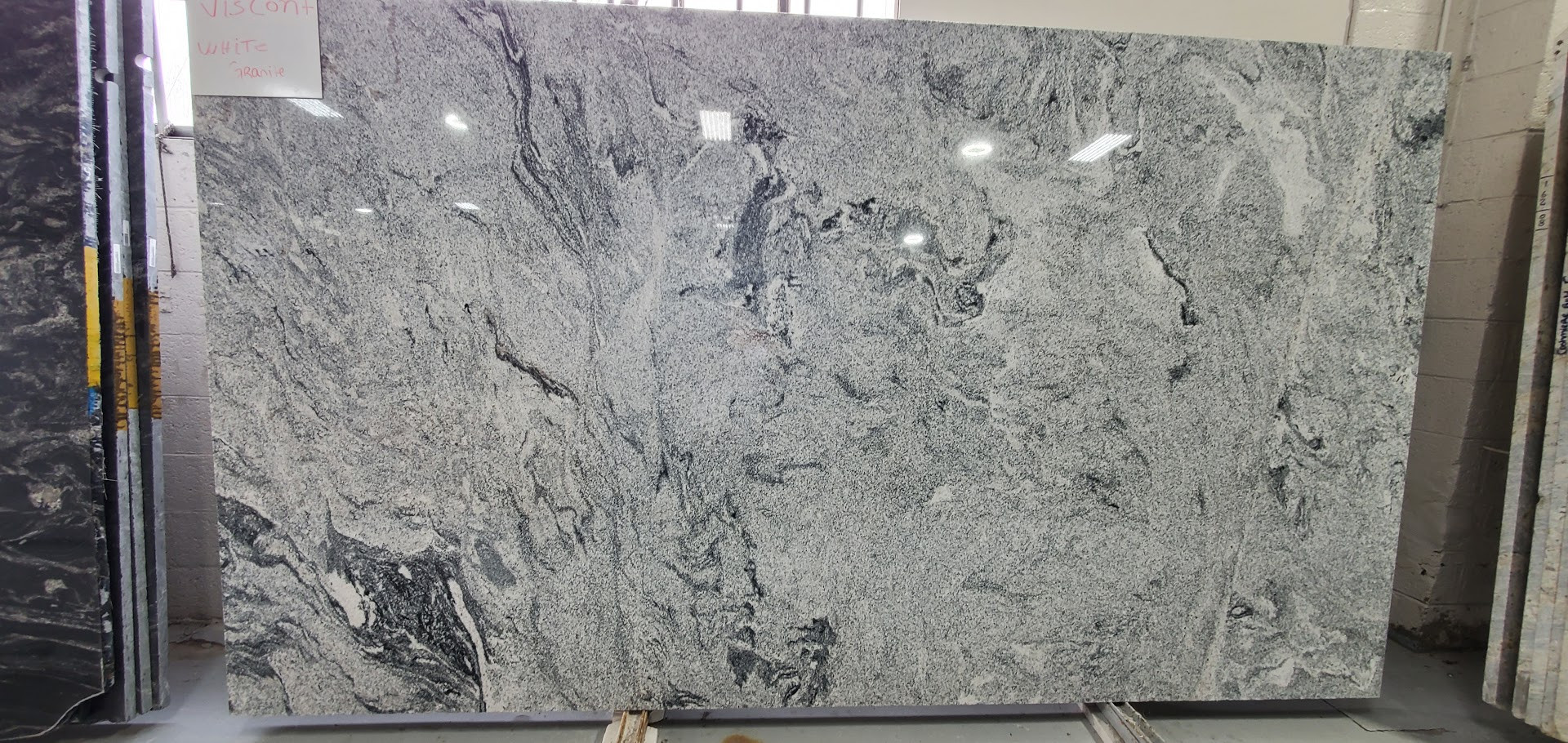 VISCONT WHITE GRANITE