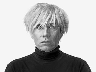 #FanFacts | Sabia que Andy Warhol selava uma caixa no fim de cada mês, com a intenção de criar cápsu