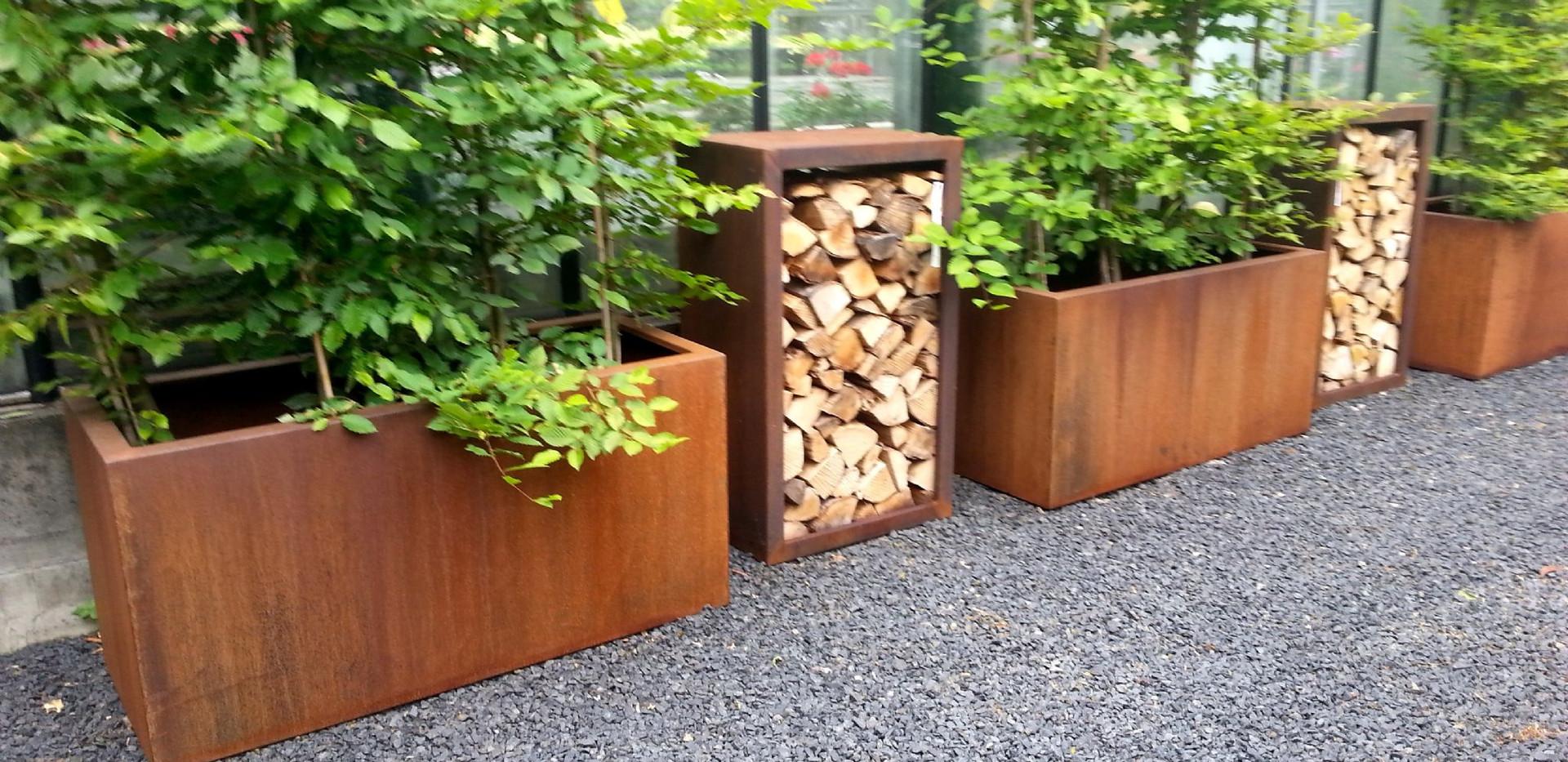corten-steel-trough-planters-28099-p.jpg