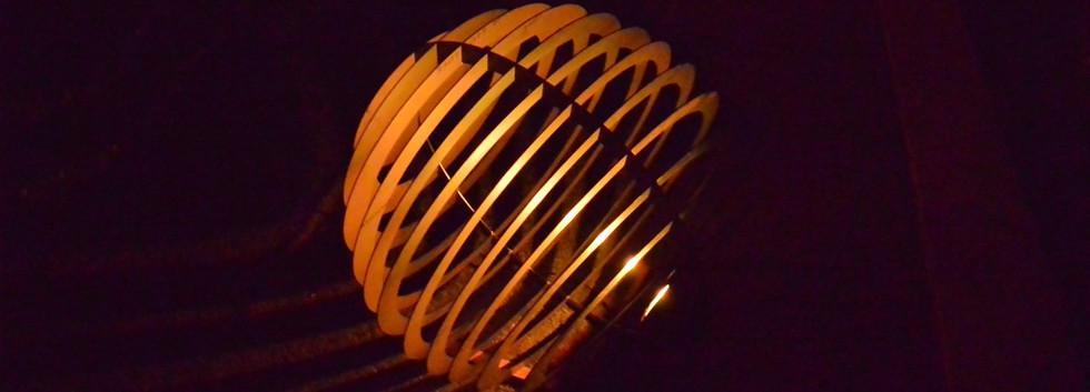shpere-1000-warm geel-01.jpg