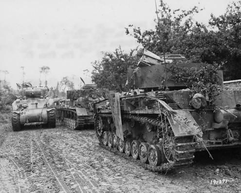 30_Infantry_Division_M4_Passes_2_German_