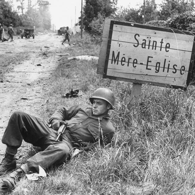 Normandy-D-Day-Landing-Tour-American-Par