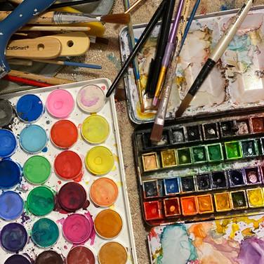 Fatima Traore, Watercolors and brushes