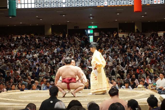相撲という神事