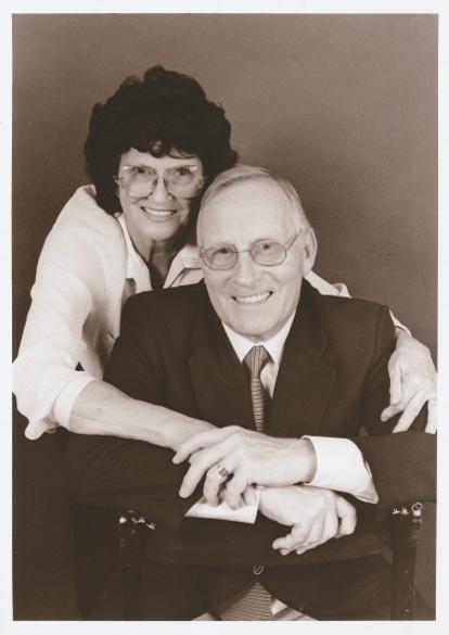 Allen e Joyce pb.png