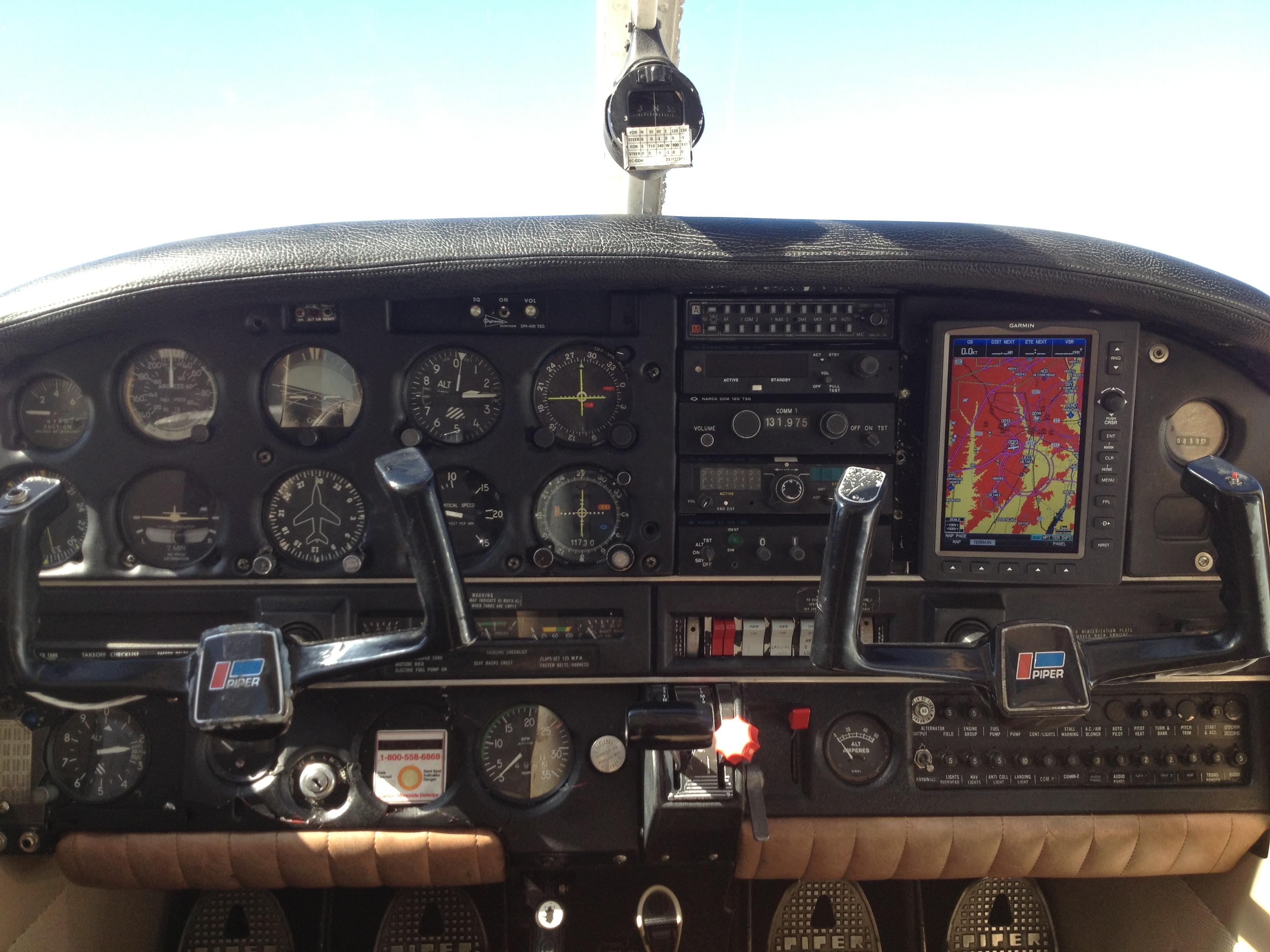 CABINA PA-28