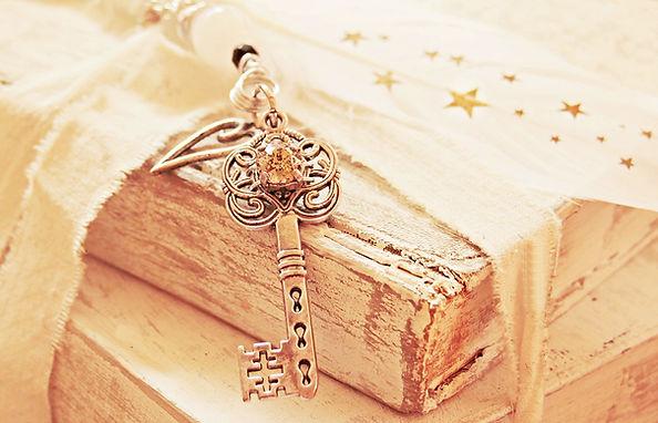 key-2471007_1920.jpg