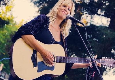Christine Taunton-Mystic Moon A Fleetwood Mac-Stevie Nicks Experience