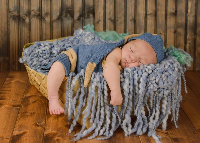 Smith Mountain Lake Newborn Photography Studio