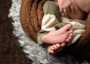 baby_feet_edited.jpg