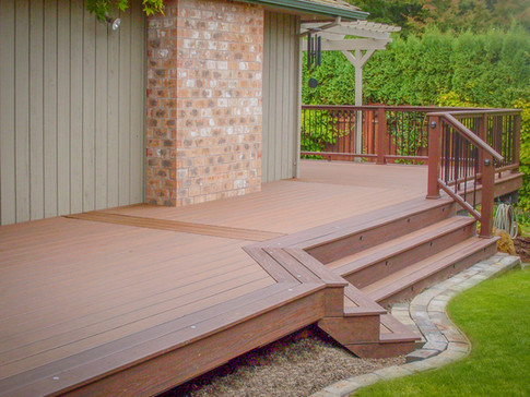 Trex Elevations Deck with Riser Lights