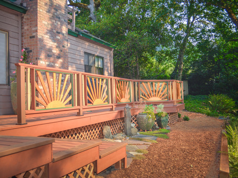 Cedar Deck with Sunburst Handrails