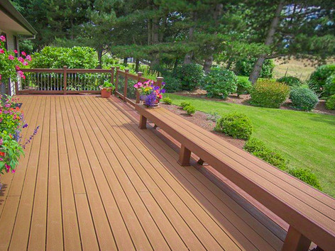 Trex Transcend Deck with Bench