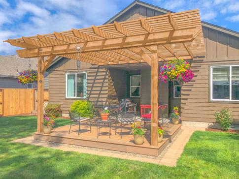 Cedar Pergola with Timbertech Deck