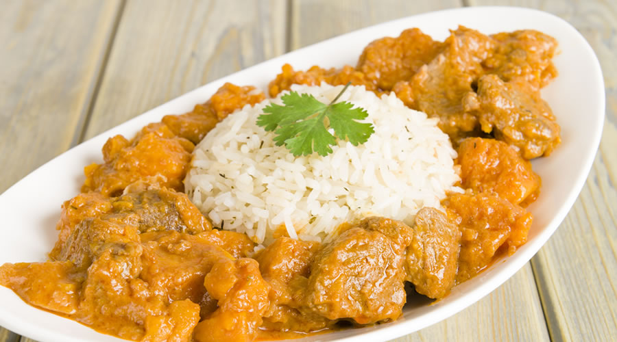 Riso-basmati-con-pollo-al-curry_900x500