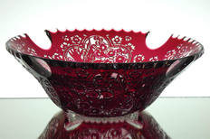 Special piece Cameo bowl made by webb corbett crystal engraved by David Smith circa 1980,s size 12 x 4.5 inches call for more details