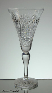 english hand made full lead crystal champage glass hand cut in church window pattern size 8 x 3.5 inches £30.00