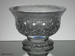 English hand made full lead crystal small footed bowl hand cut in cobweb pattern size 7.5 x 5 inches £125.00