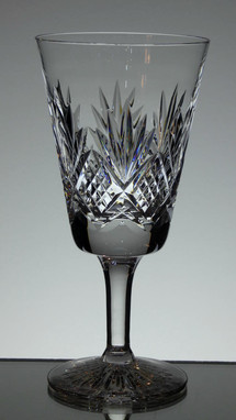 english hand made full lead crystal wine glass hand cut tracy pattern size 7.5 x 3.5 £25.00 each ( out of stock )