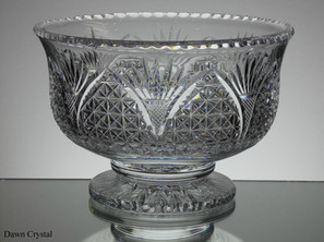 English hand made full lead crystal footed bowl hand cut church window pattern size 9.5 x 6 inches £200.00