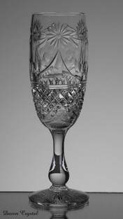 english hand made full lead crystal champagne glas size 7.5 x 2.5 inches £30.00 Limited