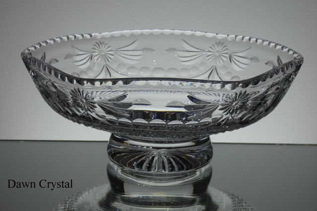Unique english hand made full lead crystal 6 sides bowl hand cut and engraved size 10 inches wide £180.00
