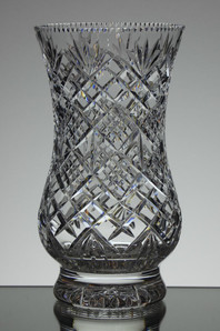 English hand made full lead crystal vase hand cut size 8 x 4.5 inches £75.00