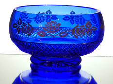 solid blue cased crystal bowl hand cut and engraved roses in gold size 7.5 x 4 inches £95.00