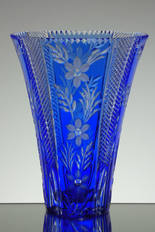 English Made Blue Cased Crystal Vase Hand Cut By Reg Everton Hand Engraved By Stewart Daivis Size 9 x 7 inches £200.00 uniuque piece