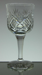 english hand made full lead small crystal wine glass hand cut in tracy pattern size 6.5 x 3  inches £25.00 each