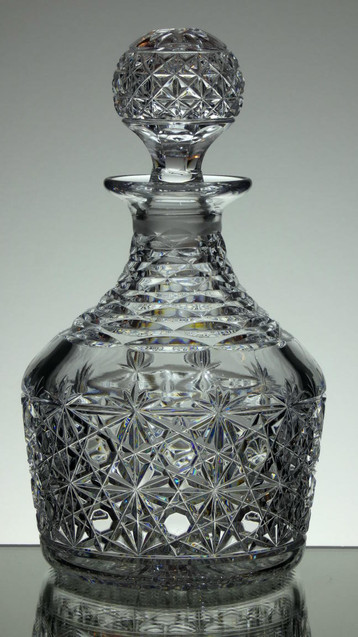 English Hand Made Laed  Crystal Port Decanter Hand Cut By Reg Everton Cobweb Pattern £95.00 Size 25 x 15 cm