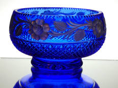 solid blue crystal bowl and cut and engraved with silver roses size 7.5 x 4 inches £95.00