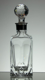 English Hand Made Full Lead Whisky Decanter Hand Cut With Silver Plated Top £95.00 Size 29 x 9 x 9 cm