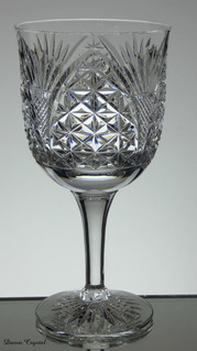 english hand made full lead crystal wine / gin glass hand cut in church window pattern size aprox 7.5 x 3.5 inches £30.00 each