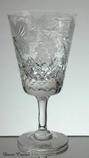 english hand made full lead crystal wine glass hand cut & engraved grape and vine pattern size 6.5 x 3 inches £25.00