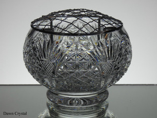 English hand made full lead crystal rose bowl hand cut in church window pattern size 5 x 3.5 inches £40
