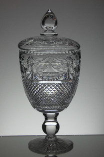 English hand made full lead crystal chalice with lid hand cut and engraved by Reg everton & Stewart Davis signed size 15.5 x 7 inches £400.00 Unique Piece