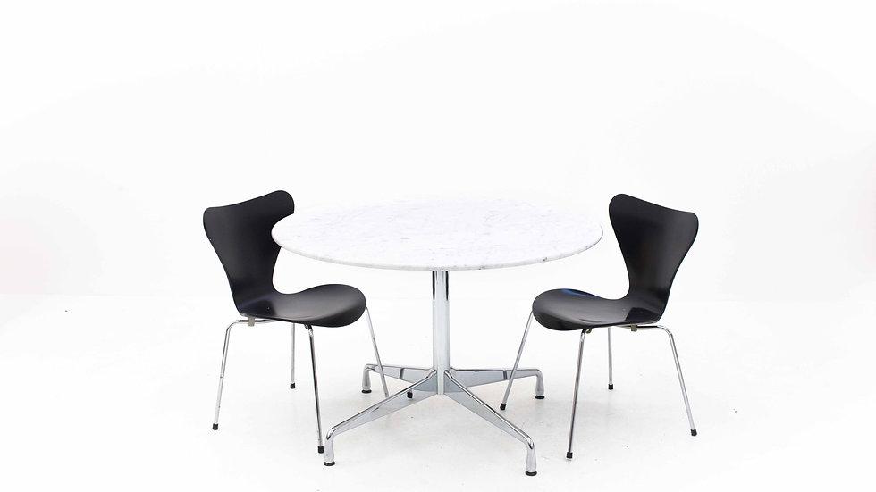 Eames Segmented Table mit Marmorplatte von Vitra