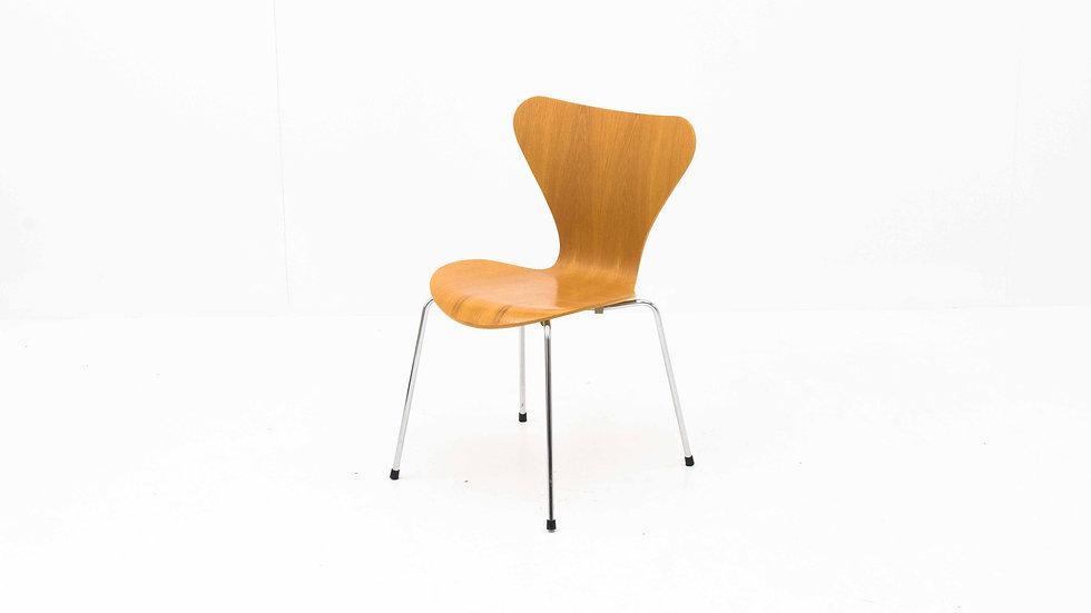 2er Set Fritz Hansen 3107 Stühle von Arne Jacobsen
