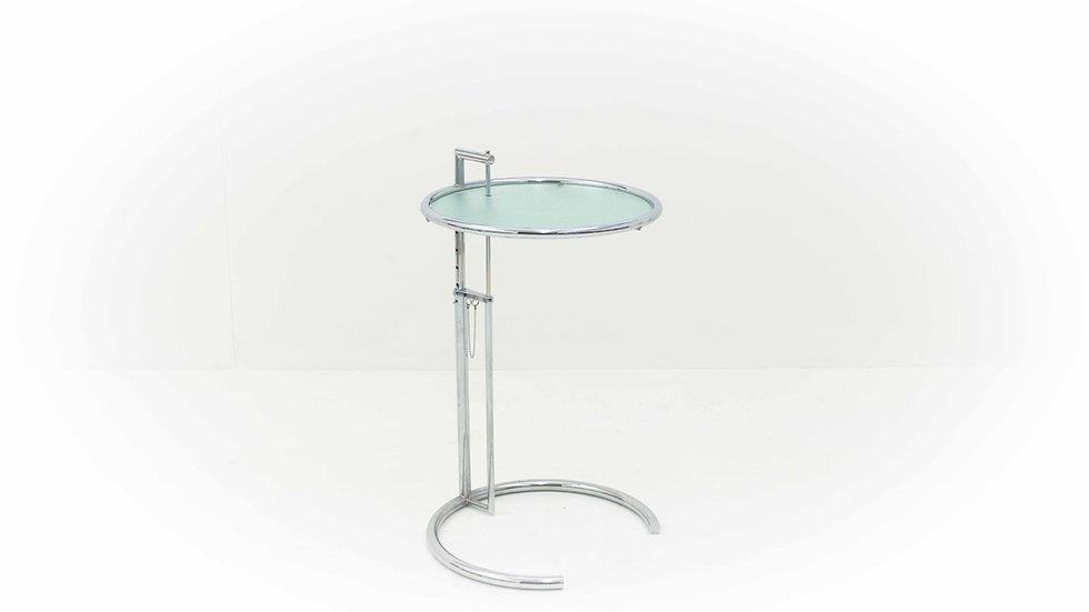 Eileen Gray Adjustable Table E.1027 von ClassiCon