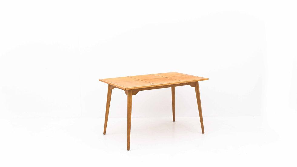Hans Bellmann Tisch von Horgenglarus