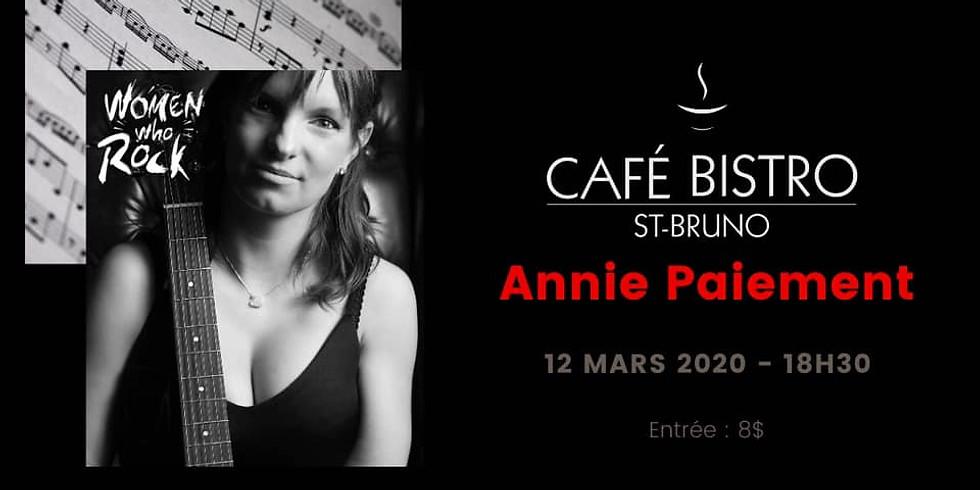 Annie Paiement au Cafe Bistro St-Bruno