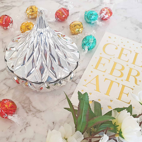 Goddess Candle & Chocolate Mini Gift Set