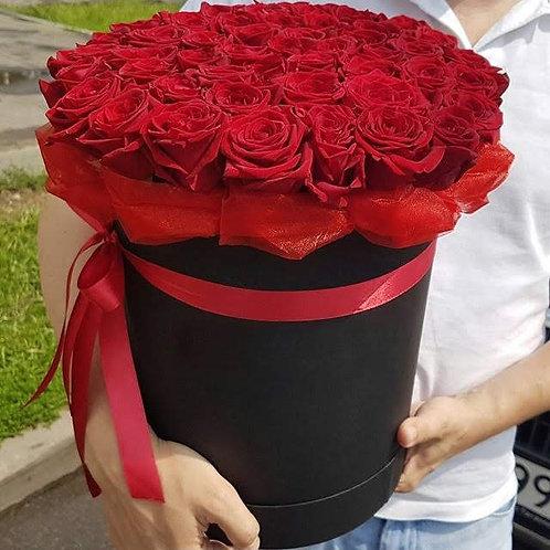 """Большая коробка с красными розами """"Коррида"""""""